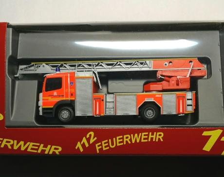 Feuerwehr Hamburg DLK Harburg F31