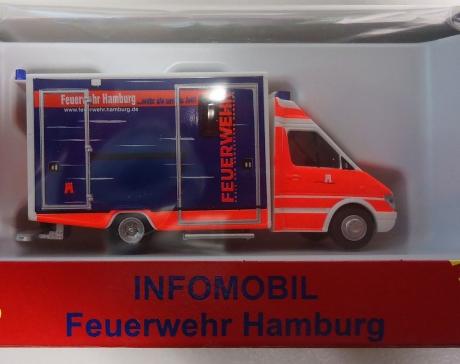Infomobil der Feuerwehr Hamburg