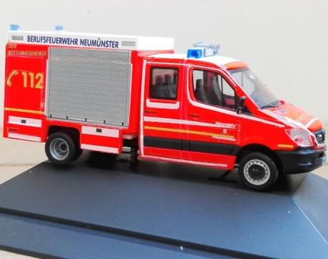 Feuerwehr Neumünster GW-Technik SEG Rettungsdienst