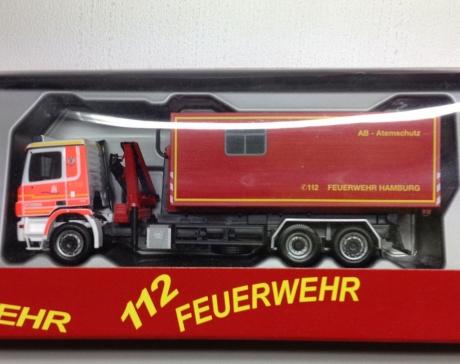 MB Actros WLF BF  Hamburg Altona mit AB Atemschutz
