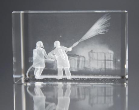 Kristallglas XXL mit 3D Gravur, Einsatz